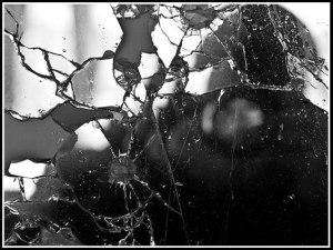 broken mirror guy