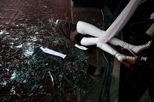 A mannequin lays in broken glass in front of a damaged building in Napa. (Justin Sullivan/Getty Images)